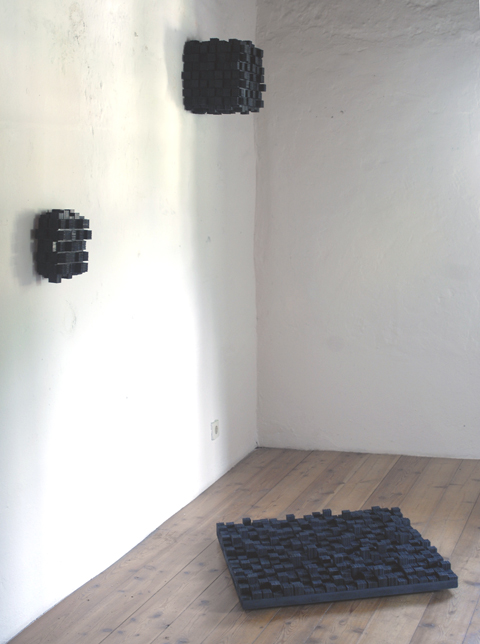 Black Cubes: Store To Forget, 2010
